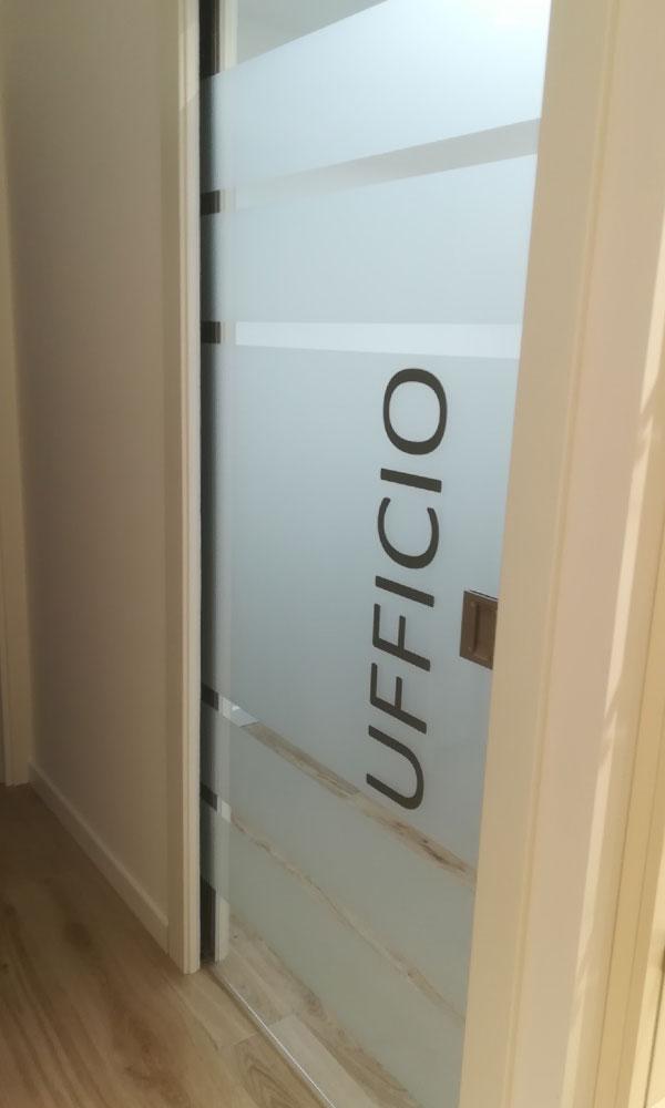 decorazione protezione vetrate pellicole porte a vetri