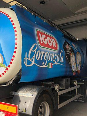 stampa grande formato a Milano su camion